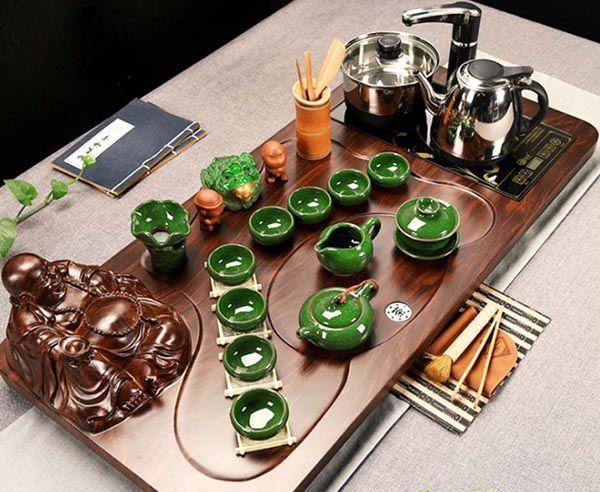 Bàn trà điện là sự kết hợp cổ điện và hiện đại mang lại nhiều tiện ích