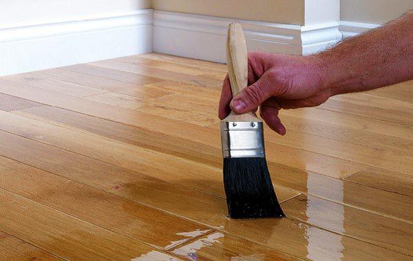 Giai đoạn sơn lót lần 1 - Cách sơn PU gồ gỗ