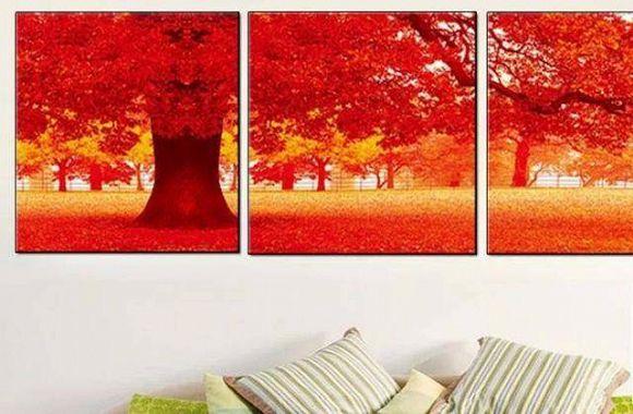 Không nên treo trong phòng khách nhỏ những bức tranh có màu quá rực rỡ