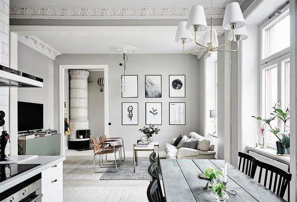 Màu sơn trắng xám kết hợp với họa tiết nổi bật mang phong cách châu Âu
