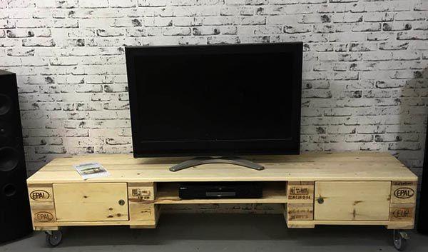 Mẫu Kệ tivi gỗ thông Pallet đơn giản mà đẹp