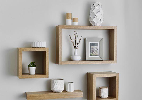 Mẫu kệ trang trí treo tường bằng gỗ mini đẹp phòng khách - Nadu Furniture