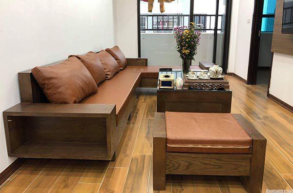 Dù là bàn ghế gỗ hay sofa đều phải cân đối sự phù hợp với tổng quan căn phòng